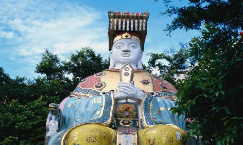 Guan Yin Buddha Statues at Repulse Bay